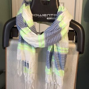 Stripped scarf